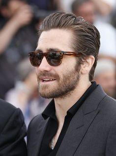Jake Hairstyles Haircuts, Haircuts For Men, Jake Gyllenhaal Haircut, Look Fashion, Mens Fashion, Classic Haircut, Medium Hair Styles, Long Hair Styles, Slicked Back Hair