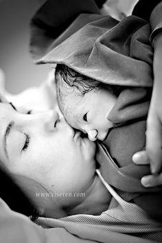 Amazing and inspirational birth photography. ciseren korkut, via Flickr