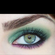love the green on top with the violet on bottom.  this would need alot of blending .  might try it