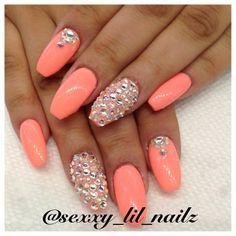 Summer nails. Coral Nailz with Bling