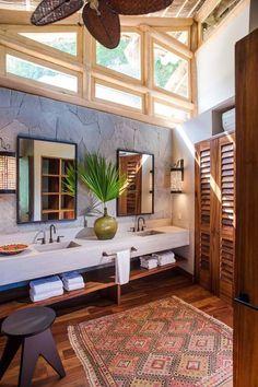 Une décoration exotique de la salle de bains, fortement inspirée par le folklore mexicain local