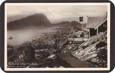 Aalesund. Utsigt fra Aksla. Utg Küenholdt . St Bergen-Trondhjem 1928