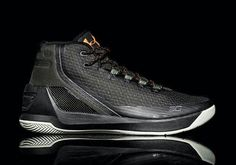 best loved bf5df 601db Under Armour Curry 3 - Black   Gold