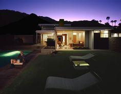 JULIUS SHULMAN, JUERGEN NOGAI - Julius Shulman with The Kaufmann House, Palm Springs, CA, 2007
