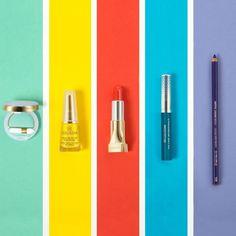 Quest'estate... no al monocolore e alle tonalità scure! Seguite i nostri suggerimenti per un trucco super colorato, perfetto in vacanza come in città!  #collistar #cosmetics #madeinitaly  #makeup #instamakeup #trucco #beauty #instabeauty #eyeliner #occhi #matitaocchi #sguardoperfetto #labbra #lip #lips #nail #smalto #nailpolish #nails #unghie #unghieperfette #ombretto #eyeshadow #colors #estatecollistar #estate #summer #summermakeup