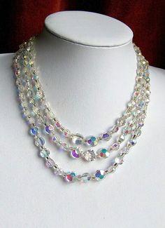 vintage 1950s aurora borealis necklace