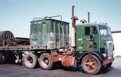 Mack Trucks, Big Rig Trucks, Semi Trucks, Old Trucks, Truck Transport, Freightliner Trucks, Tractors, Transportation, Rigs