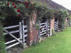Gorgeous stable. Great for fresh air for the horses because it is so hot during summer