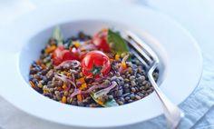 Insalata fredda di lenticchie e pomodorini, la ricetta vegana facile e veloce – LEITV