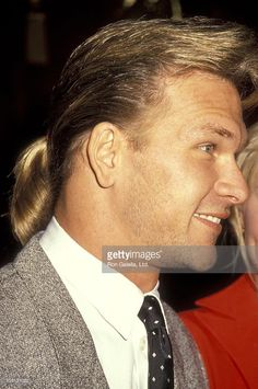 Actor Patrick Swayze attends Annual Hollywood Women's Press Club Golden Apple Awards on December 9 1990 at the Beverly Hilton Hotel in Beverly. Patrick Swayze Movies, Patrick Swazey, Linda Kozlowski, The Beverly, Beverly Hilton, Patrick Wayne, Big Crush, Dirty Dancing, Interview