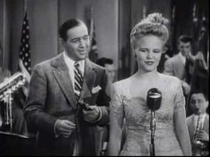 Why Don't You Do Right - Peggy Lee - Benny Goodman Orch. 1942 Love the clarinet and that big band sound!