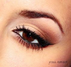 Classic pinup makeup with winged liner #eye #makeup #eyes #eyeshadow #neutral #pinup #dramatic
