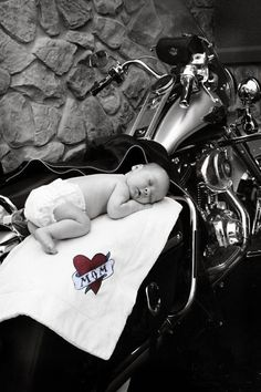 Definitely an amazing idea on my papa's and toby's mom's bike with blankets with their names and relations
