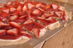 Strawberry Pizza... perfect for a summer BBQ