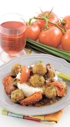 BOULETTES DE VEAU AUX TOMATES Baignées dans une sauce onctueuse, ces boulettes sont parfaites pour un souper familial.