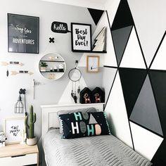 Bedroom Decor For Teen Girls, Cute Bedroom Ideas, Cute Room Decor, Room Ideas Bedroom, Teen Room Decor, Small Room Bedroom, Big Boy Bedrooms, Bedroom Kids, Bedroom Wall Designs