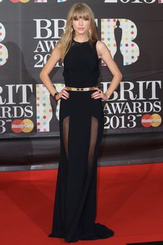 65a9f520fe8 Taylor Swift At The 2013 Brit Awards - Sexy Red Carpet Dresses -  Cosmopolitan