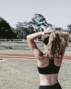 Athlete, Dreadlocks, American Girls, Crop Tops, Hair Styles, Fitness, Beauty, Videos, Women