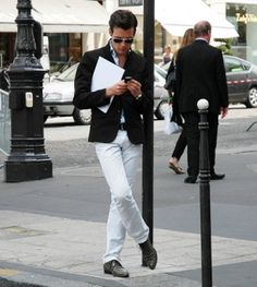 Men in White Jeans White Skinny Jeans, White Denim, Ripped Jeans, Preppy Look, Preppy Style, My Style, White Chinos, White Trousers, Men Closet