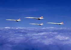 4 Concordes in formation