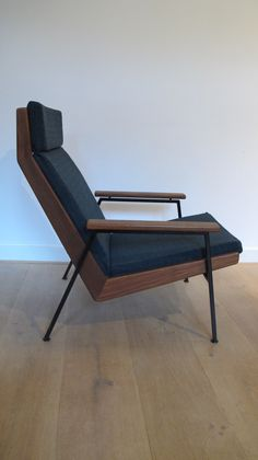 Rob Parry chair