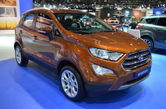 Ford displayed the 2018 Ford EcoSport at the 2017 Dubai Motor Show. The facelifted Ford EcoSport is now rolling markets worldwide. Ford Ecosport, Car Ford, Ford Trucks, Limousin, Female Friends, Ford Explorer, Ford Ranger, Volkswagen, Dubai