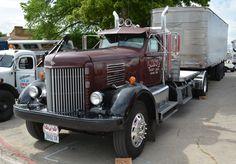 1940s Mack Superliner Mack Trucks, Dodge Trucks, Semi Trucks, Antique Trucks, Vintage Trucks, Vintage Auto, Cool Trucks, Big Trucks, Semi Trailer Truck