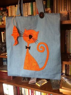 HomeKediVar - Fabric Bag - Cat and Fish- EvdeKediVar – Kuma? Çanta – Kedi ve Bal?k HomeKediVar – Fabric Bag – Cat and Fish - : HomeKediVar - Fabric Bag - Cat and Fish- EvdeKediVar – Kuma? Çanta – Kedi ve Bal?k HomeKediVar – Fabric Bag – Cat and Fish - Fabric Crafts, Sewing Crafts, Sewing Projects, Cat Applique, Diy Tote Bag, Embroidery Bags, Cat Bag, Cat Quilt, Jute Bags