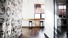 Studio Apartment with Visuall Extension: Multifunctional Extra-Long Table Top, Mirror Wall & Loads of White