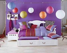 Teen Bedroom love the lanterns
