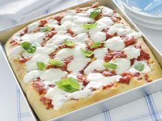 pizza-margherita-soffice-al-taglio immagine