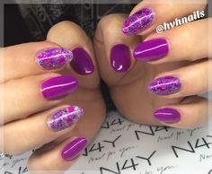 Lilla gel polish negle med glimmer lavet af dygtige Henriette Gel Polish, Nail Art, Nails, Beauty, Finger Nails, Ongles, Gel Nail Varnish, Nail Arts, Beauty Illustration