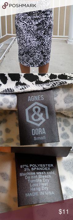 Agnes & Dora Midi Pencil Skirt Agnes & Dora Black and White Spotted Midi Pencil Skirt **Great Condition** **Size Small** Agnes & Dora Skirts Pencil