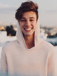 that smile • Pinterest: @Avaviolet✨