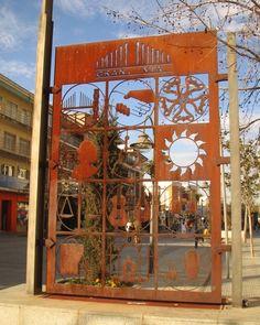 Calles de Madrid2007/ Calle Gran Vía Majadahonda #majadahonda #themadridbible #callejero #streetphotomadrid #streetphotographer #photooftheday #vidamadrid #Madrid #madridtme #instamadrid #igersmadrid #ok_madrid #madridgrafias #madridmemola #madridmemata #loves_madrid #ig_madrid #igers #マドリード #マドリッド #españa #instaespaña #callesdemadrid #calles