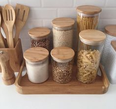 Fancy Kitchens, Modern Farmhouse Kitchens, Farmhouse Kitchen Decor, Home Decor Kitchen, Home Kitchens, Diy Home Decor, Kitchen Ideas, Apartment Kitchen, Kitchen Interior
