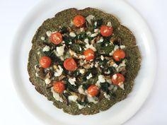 Zucchini Crust Pizza with Mushrooms, Spinach and Cherry Tomatoes // Pizza di zucchine con funghi, spinaci e pomodorini