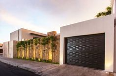 53 Trendy home exterior contemporary garage Design Exterior, Modern Exterior, Tor Design, House Design, Compound Wall Gate Design, Boundry Wall, At Home Movie Theater, Stucco Walls, Farmhouse Fireplace