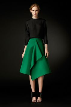 Green A-Line Skirt with a Front Panel (Carolina Herrera)