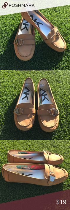 d14132a24c57 Anne Klein Sport Womens Ladies Brown Flat Shoes Great Pre Owned Condition  Anne Klein Sport Womens Ladies Brown Flat Shoes Size 8 M. Very cute shoes!