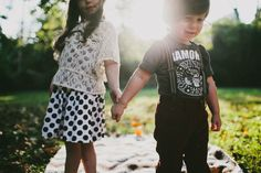 Blue Vinyl Creative | Nashville, Tennessee | Sibling Love Submission | Beyond The Wanderlust Fan Feature » Beyond The Wanderlust