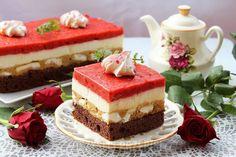 kostka alpejska z musem truskawkowym Kakao, Tiramisu, Cheesecake, Food And Drink, Pudding, Baking, Ethnic Recipes, Cook, Biscuit