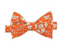 Fond Orange, Noeud Papillon Liberty, Noeuds Papillons, Idées De Mariage,  Petites Fleurs a8206b947d7
