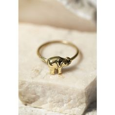 Forever 21 Sunahara Elephant Midi Ring (€19) ❤ liked on Polyvore featuring jewelry, rings, knuckle rings, elephant jewelry, animal charms, elephant ring and animal rings