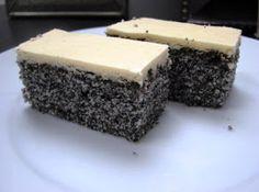 6 bielok  200 gpráškového cukru  200 g mletého maku  150 g polohrubej múky  1 prášok do pečiva  250 g masla   Žĺtková poleva:   6 žĺtkov  ...