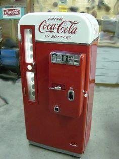 Vintage Coca Cola Pop Machine