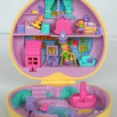 Back when polly pocket was awesome and no one cared about a choking hazard... I had all of these!