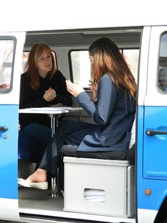 #PitmanonTour offering free 1-2-1 career service sessions in our branded campervan. Seen in action here in #Edinburgh
