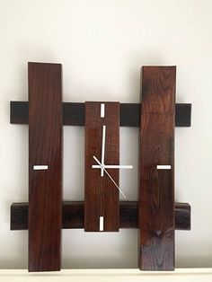 Next Post Previous Post Clock wood of oak was beautiful wooden clock of was reclaimed oak, clear gloss varnish. Wall Clock Wooden, Rustic Wall Clocks, Wood Clocks, Clock Art, Diy Clock, Clock Decor, Woodworking Projects Diy, Wood Projects, Pallet Clock