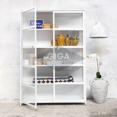 Industriele kasten, dressoirs en ander meubelen bij Giga meubel